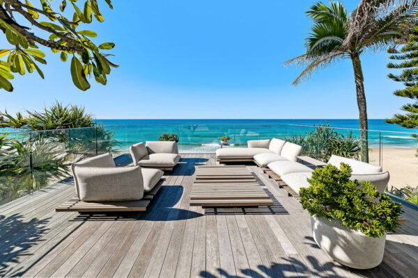 Sunshine Beach property record price photographed by sunshine property photos matt craven Sunshine Coast Photographe